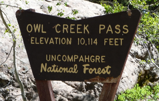 Owl Creek Pass sign